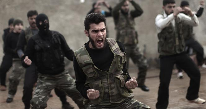 Ankara reproche aux Etats-Unis de vouloir diriger l'action des futurs soldats uniquement contre le groupe Etat islamique, au détriment du combat contre le régime du président syrien Bachar Al-Assad.