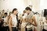 La styliste Bouchra Jarrar (ici dans les coulisses d'un défilé automne-hiver 2015) a bénéficié d'une aide du Comité de développement et de promotion de l'habillement (DEFI).