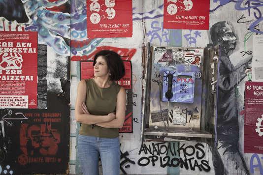 En 2011, la crise a coupé court aux ambitions de Katerina Skia, architecte de formation, qui rêvait qu'Athènes conserve ses superbes maisons anciennes et lance de nouveaux chantiers.