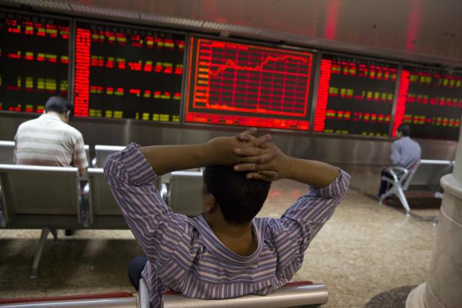Depuis mi-juin, les Bourses chinoises ont perdu 2 710 milliards d'euros.
