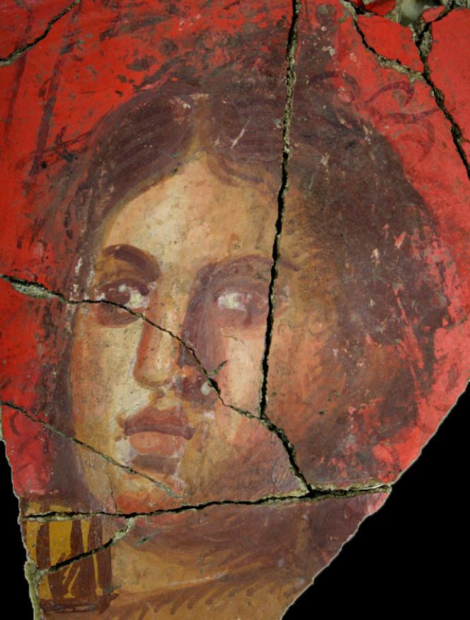Arles, maison romaine de la Verrerie, Ier s. av. J.-C., détail d'un visage féminin.