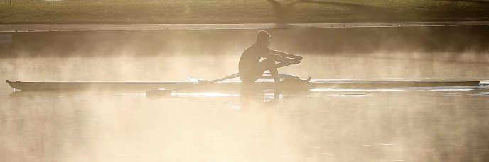 L'expression « do tank » vient du mot « tank » (réservoir, citerne), qui désigne, dans l'univers de l'aviron, un « bassin d'entraînement de rameurs ».