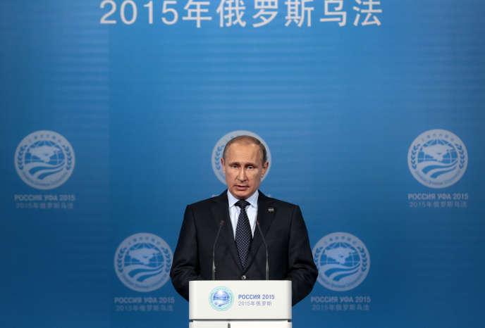 Vladimir Poutine, le 10 juillet, lors du sommet d'Oufa (Russie), où il exposait son projet d'une coalition