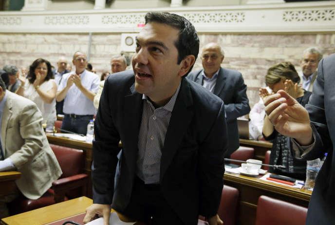 Alexis Tsipras devant les parlementaires grecs, le vendredi 10 juillet 2015.