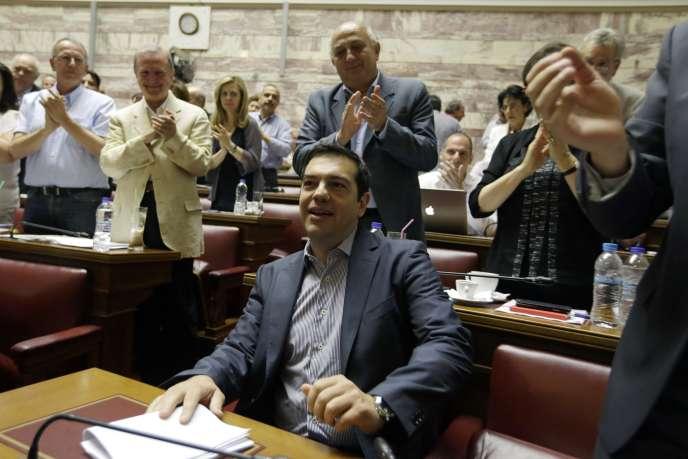 Le plan proposé par Alexis Tsipras promet 13 milliards d'euros d'économies, en échange d'un troisième plan d'aide financière de 53,5 milliards d'euros sur trois ans.