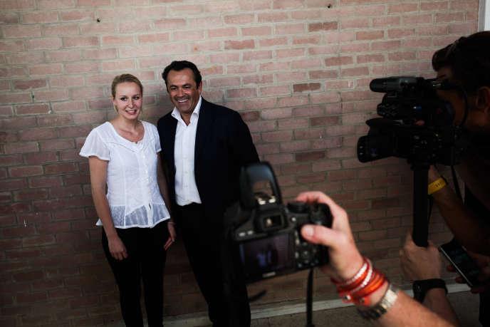 Marion Maréchal-LePen et l'ex-UMP Olivier Bettati, le5juillet auPontet (Vaucluse).