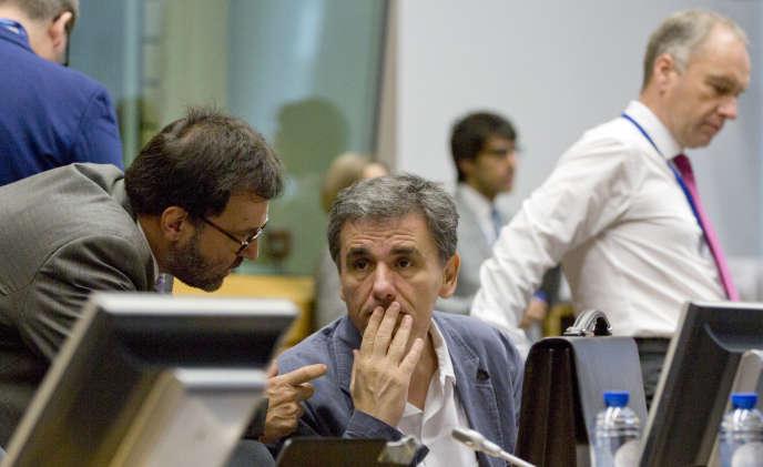 Le ministre des finances grec, Euclide Tsakalatos, dimanche à Bruxelles.