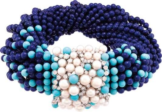 Bracelet Rouleau Azur en or blanc, boules de lapis-lazuli et de turquoise, perles de culture et diamants, collection Seven Seas, Van Cleef & Arpels.