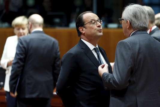François Hollande avec Jean-Claude Juncker, à Bruxelles, le 12 juillet 2015.