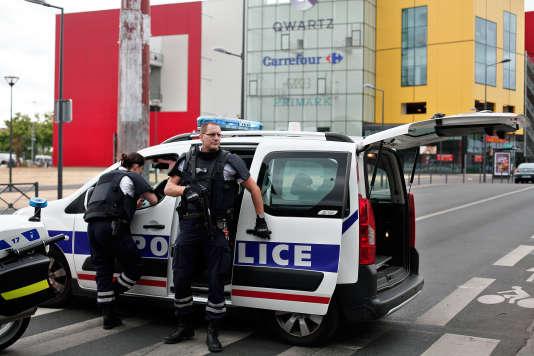 Un braquage a eu lieu le 13juillet dans le magasin Primark de Villeneuve-la-Garenne (Hauts-de-Seine).