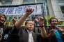 Albert Ho du Parti Démocratique à Hongkong lors d'une manifestation de protestation contre les arrestations d'avocats en Chine, le 12 juillet 2015.