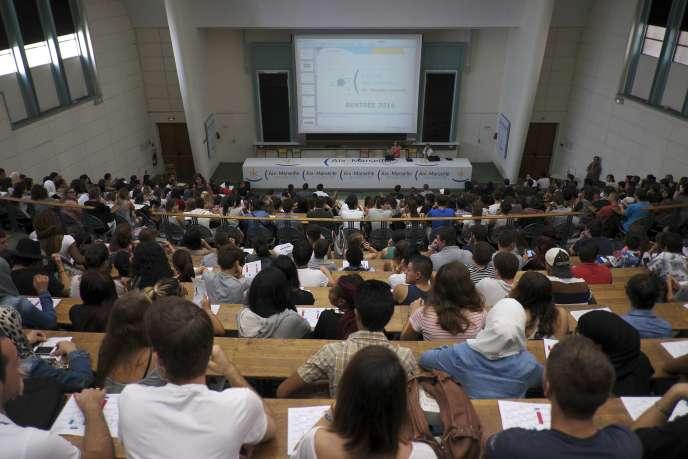 Cours à l'université d'Aix-Marseille.