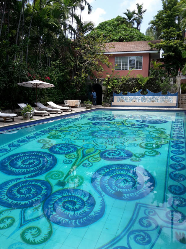 La piscine du Graycliff Hotel.