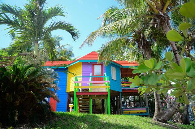 L'une des vingt villas du Compass Point Beach Resort.