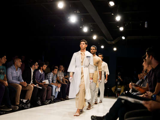 Un défilé masculin lors de la fashion week de Téhéran, en juin.