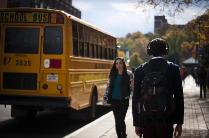 Deux étudiants de l'université de Syracuse (New York, Etats Unis), en novembre 2015.