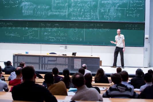 Martin Hairer, médaille Fields 2014, donne une série de conférences à l'Ecole polytechnique, le 16 mars.