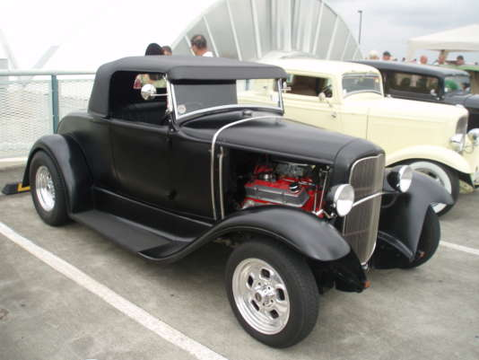 Le Ford Roadster 1932 Hot Rod (Little Deuce Coupe).