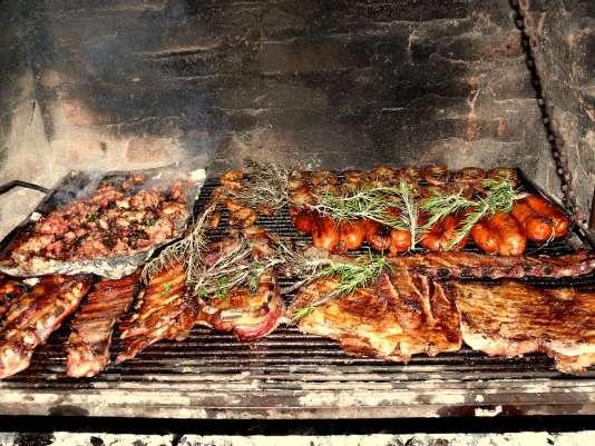 De plus en plus de restaurants parisiens ont fait du barbecue un produit d'appel.