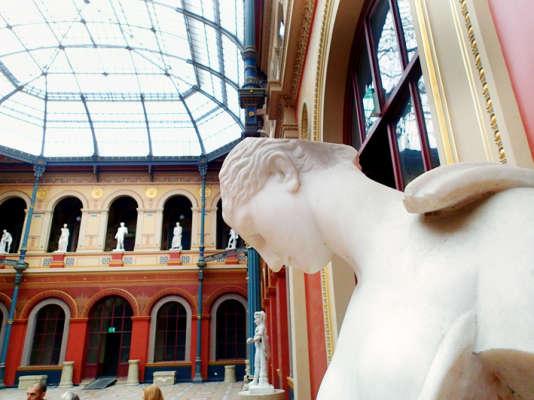 Le directeur de l'Ecole nationale des beaux-arts de Paris, Nicolas Bourriaud, a été brutalement congédié le 2 juillet 2015. Eric de Chassey va-t-il lui succéder ?