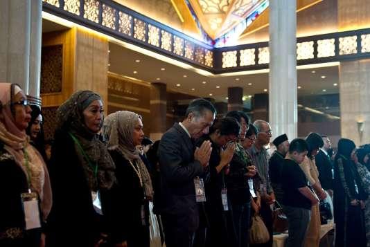 Cérémonie d'hommage aux victimes, à Kuala Lumpur, le 11juillet.