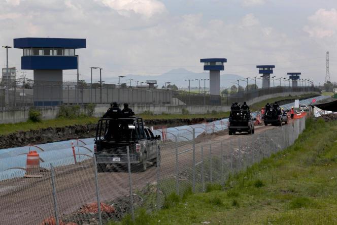 Aux alentours de la prison de haute sécurité Altiplano, d'où s'est évadé le chef du cartel de Sinaloa, le 11juillet, à travers un tunnel.
