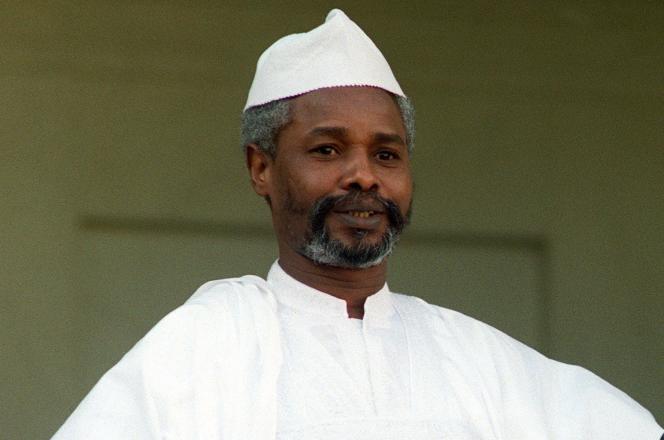 Hissène Habré en visite officielle à Paris, le 21 octobre 1989.