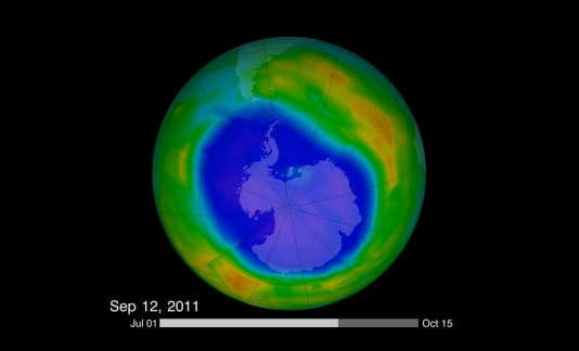 """Le """"trou"""" de la couche d'ozone au-dessus de l'Antarctique, capturé par la NASA."""