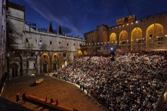 La Comédie-Française fera son retour au Festival d'Avignon après treize ans d'absence.