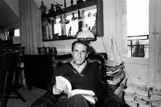 L'écrivain, journaliste et biographe Jean Lacouture est mort vendredi à l'âge de 94 ans à Roussillon, quatre jours après la dispartion de sa femme.