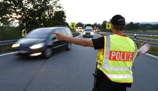 Selon l'hebdomadaire « Auto Plus », les unités de CRS et de motards assurant la police de la route sont classées en fonction du nombre de procès-verbaux qu'elles distribuent chaque année.