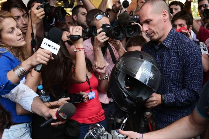 Yanis Varoufakis à Athènes, le 6juillet, le jour de sa démission du poste de ministre des finances.