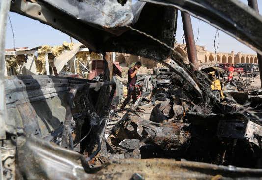 A Khan Bani Saad, le 18 juillet, au lendemain de l'attentat-suicide qui a tué au moins 90 personnes.