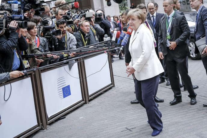 Angela Merkel, chancelière allemande, arrive au Sommet réunissant les 19 chefs d'Etat et de gouvernement de la zone euro à Bruxelles le 12 juillet 2015.