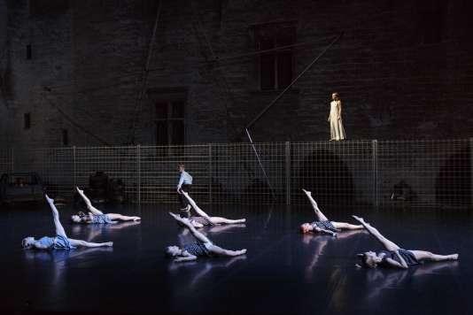 Retour à Berratham, chorégraphie et mise en scène d'Angelin Preljocaj .