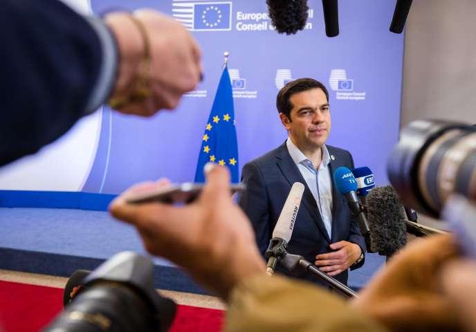 Alexis Tsipras à Bruxelles le 13 juillet 2015, après la nuit de négociations autour de l'éventuel