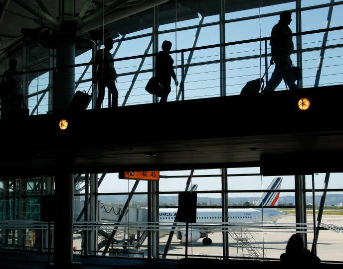 Dans l'aéroport de Marseille-Provence à Marignane le 8 avril 2015.