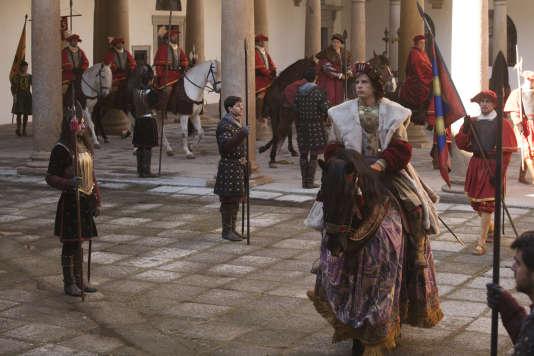 «Carlos, Rey Emperador», sur la vie de Charles-Quint, en une seule saison de 17 épisodes; diffusion prévue pour la rentrée sur TVE 1