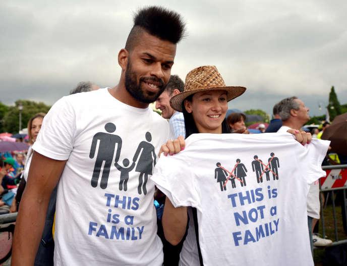 Manifestants anti-marriage gay à Rome le 20 juin 2015.