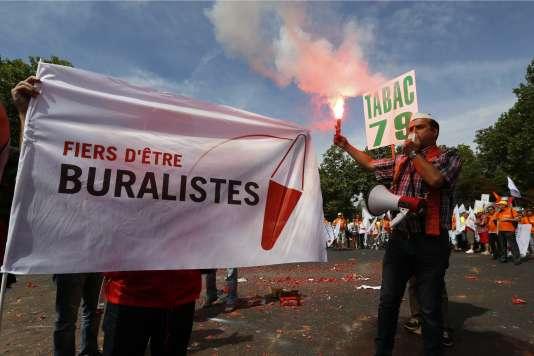 Manifestation des buralistes à Paris, le 22 juillet.