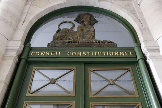 Le fronton du Conseil Constitutionnel à Paris en février 2012.