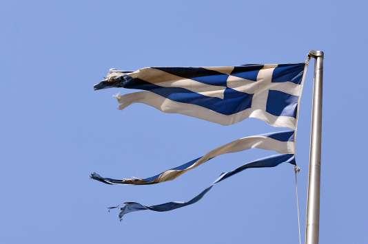 Les députés grecs vont devoir voter mercredi sur un texte qui porte plus sur des réformes structurelles que sur de nouvelles économies ou recettes.