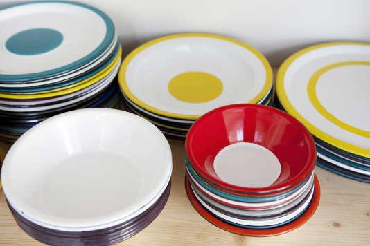 De la vaisselle de la marque Variopinte, conçue par Stefania di Petrillo.