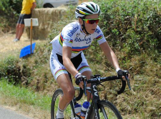 Pauline Ferrand-Prévot est candidate au titre olympique en VTT et sur route.