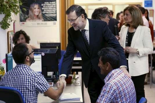 Pour Sandalio Gomez, la réforme du travail par le gouvernement Rajoy, en 2012, explique en partie la baisse du taux de chômage.