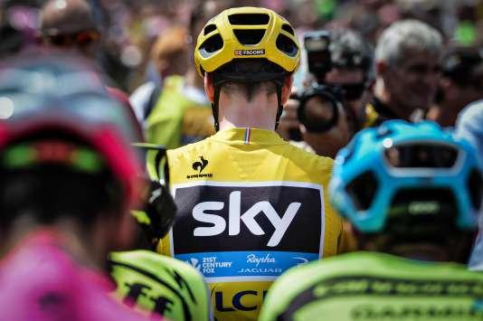 Chris Froome, au départ de la 13e étape, le 17 juillet, à Muret.