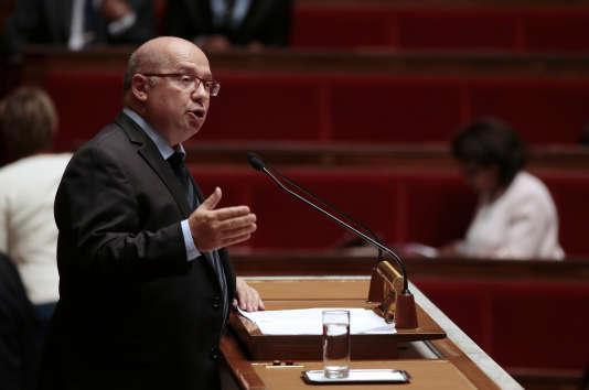 Le député François Brottes, en septembre 2013, alors président de la commission des affaires économiques de l'Assemblée.