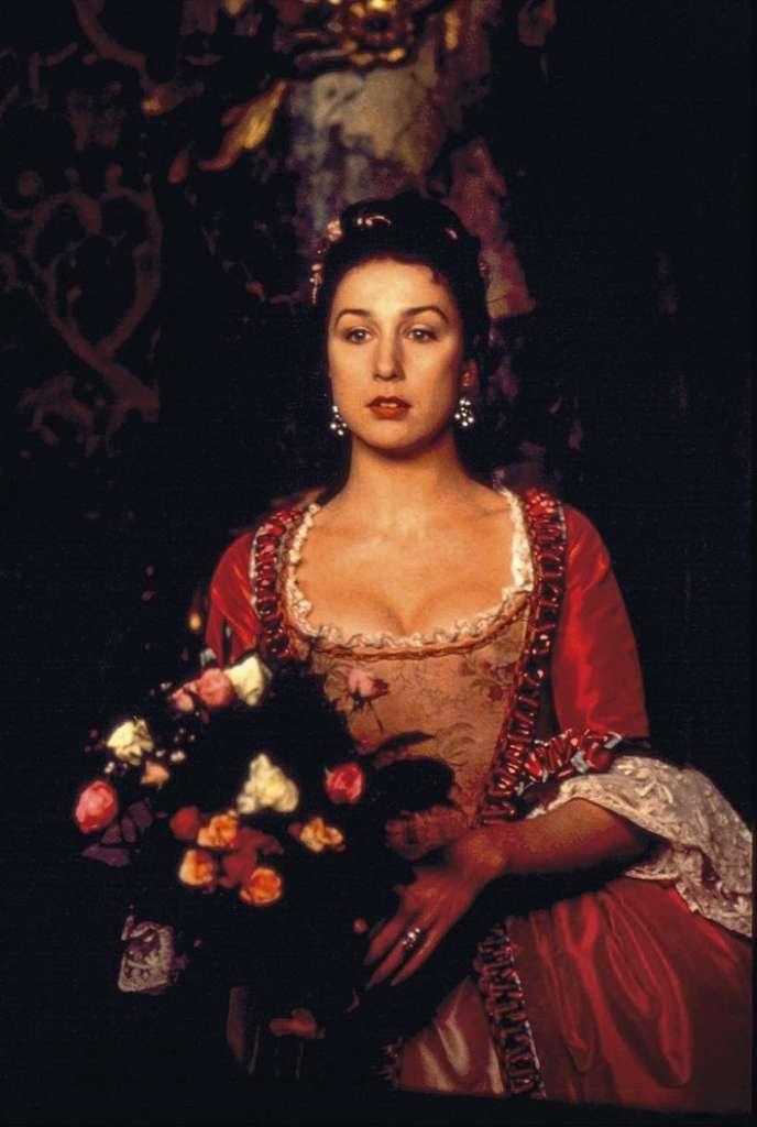 Elsa Zylberstein interprète une groupie de Farinelli dans le film de Gérard Corbiau sorti sur les écrans en 1994.