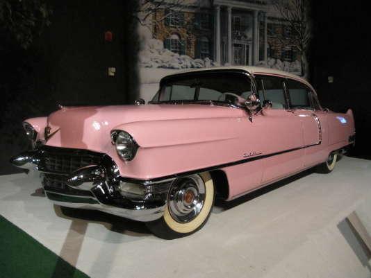 Elvis Presley fut un grand fan de Cadillac. Ici, sa Cadillac rose, visible au musée de Graceland, à Memphis (Tenessee).