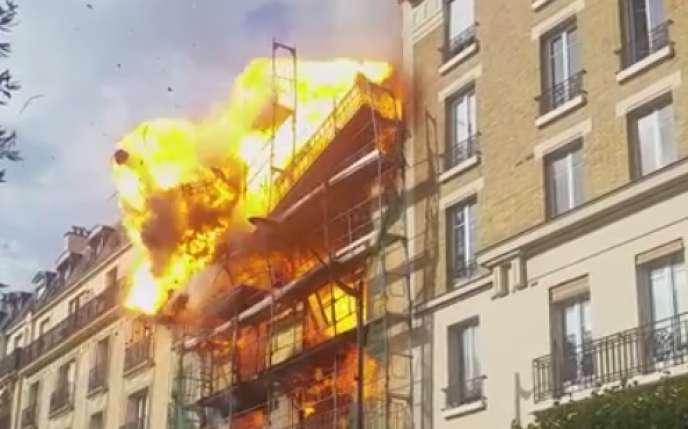 Explosion dans un immeuble à Levallois-Perret (Hauts-de-Seine), le 23 juillet 2015.
